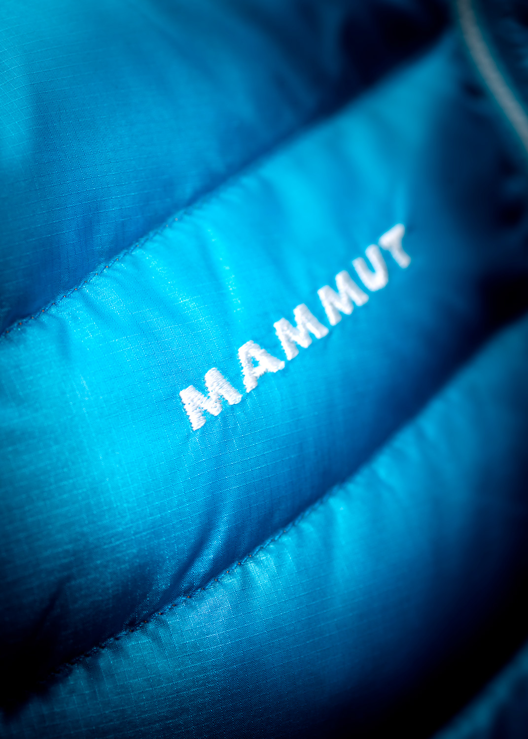 Mammut_Eigerjoch_Advanced_In_Jacket_Branding_1_DL