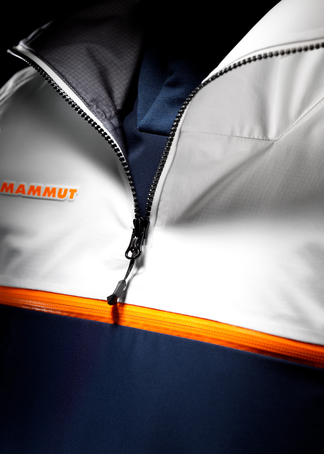 Mammut_Halo_Outfit_Detail_4_DL